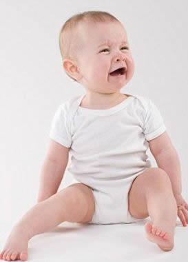 Bebê com 1 ano e 4 meses de idade