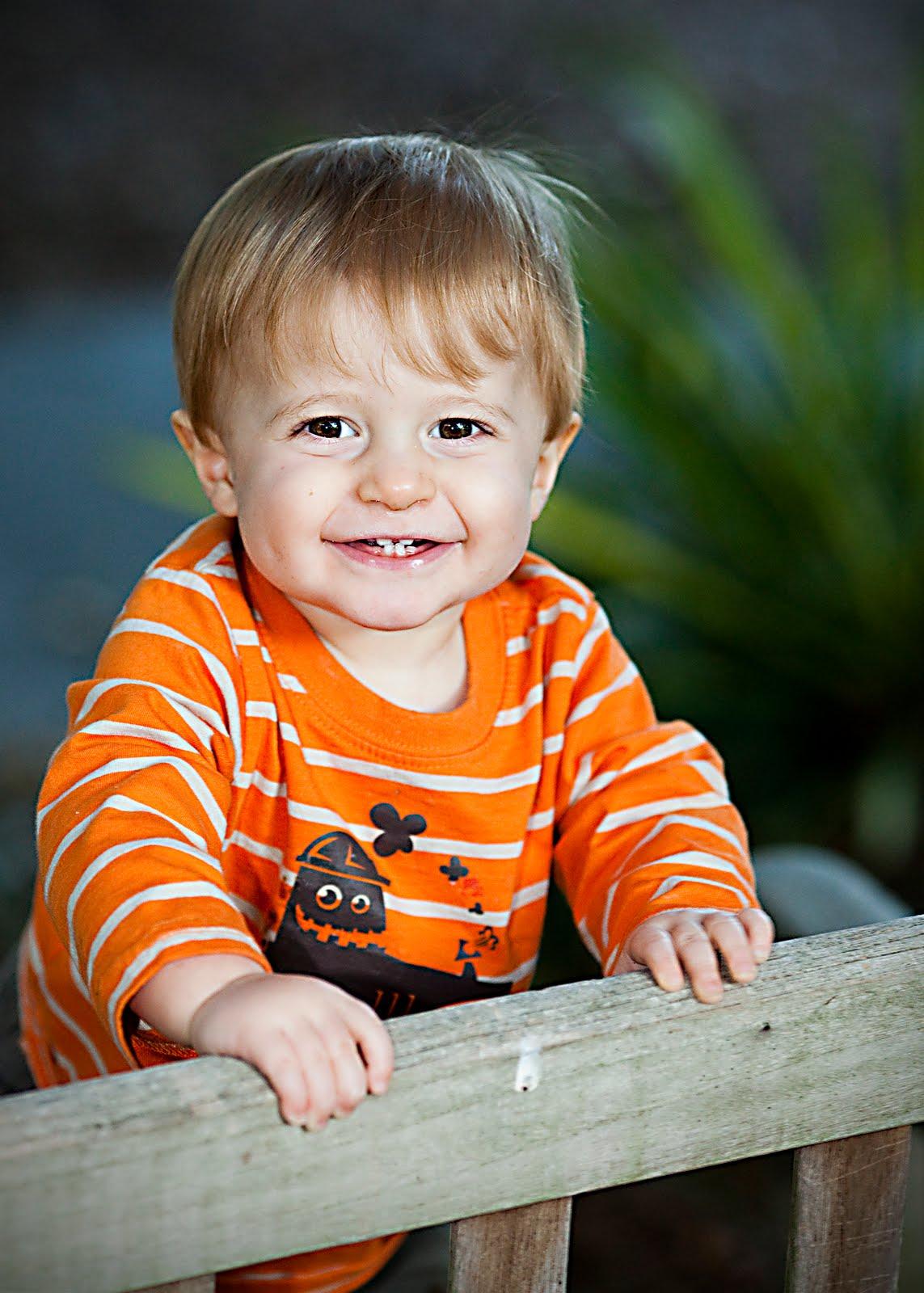 Crianca com 2 anos e 1 mes de idade