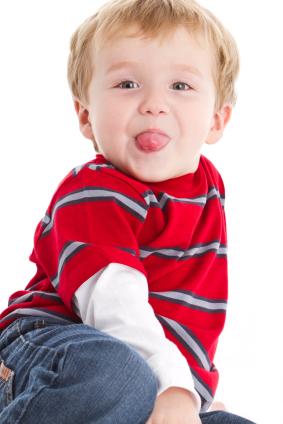 Crianca com 2 anos e 9 meses de idade