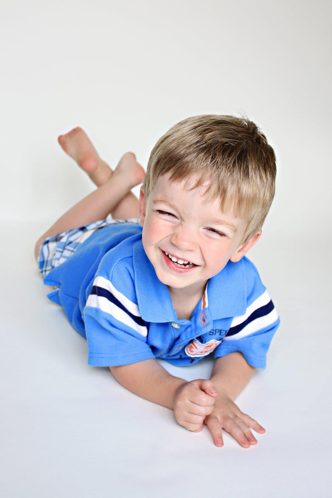 Criança com 3 anos e 3 meses de idade