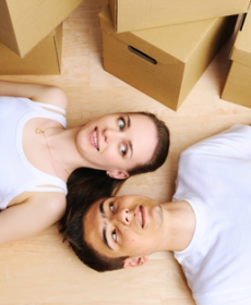 Casal de namorados vivendo juntos